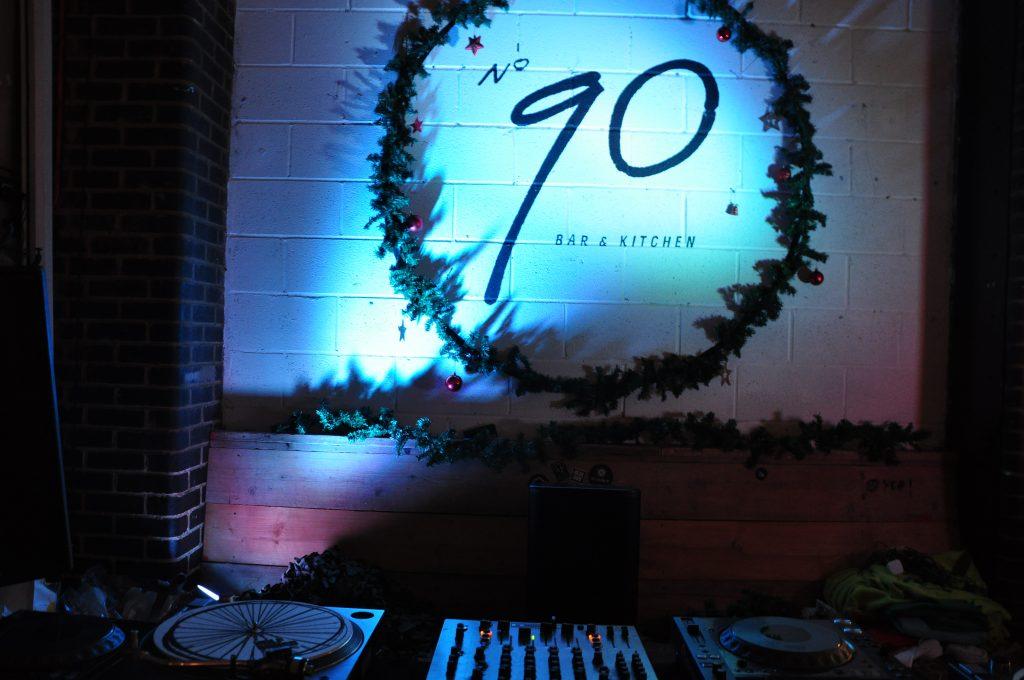 Bar 90